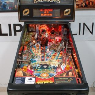 Flipper Stern Lord of the Rings, TOP Zustand, Extras, Plug & Play, Pinball, Dart